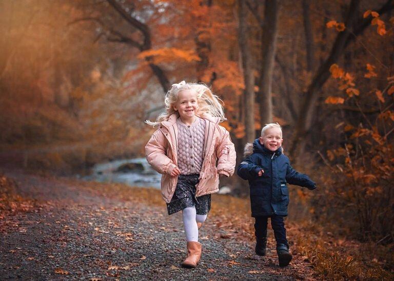 Fotograf sussi c alminde - efterårs fotografering -Børnefotografering i Vejle